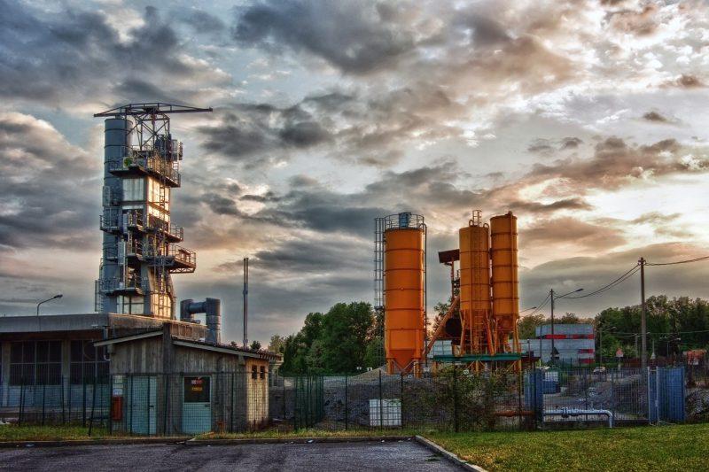 Industrial Plant Factory Buildings  - Camera-man / Pixabay
